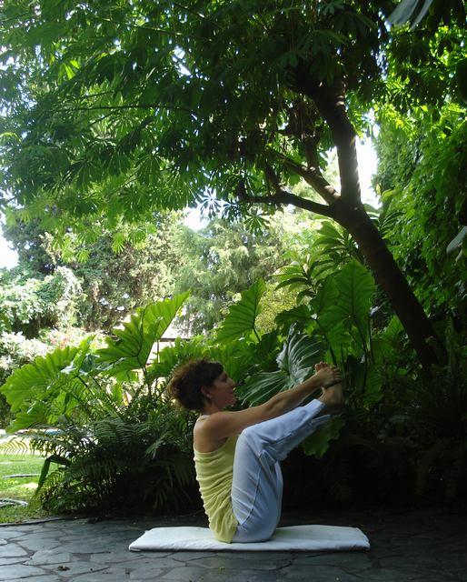 Clase de Yoga abierta y gratuita en Parque Centenario!