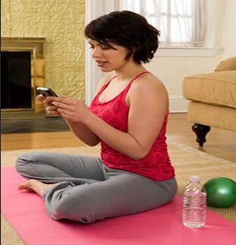 Yoga y celulares, ironías de la era moderna