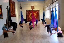Yoga en columpios
