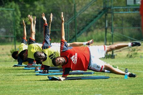 El Yoga ahora también es cosa de hombres