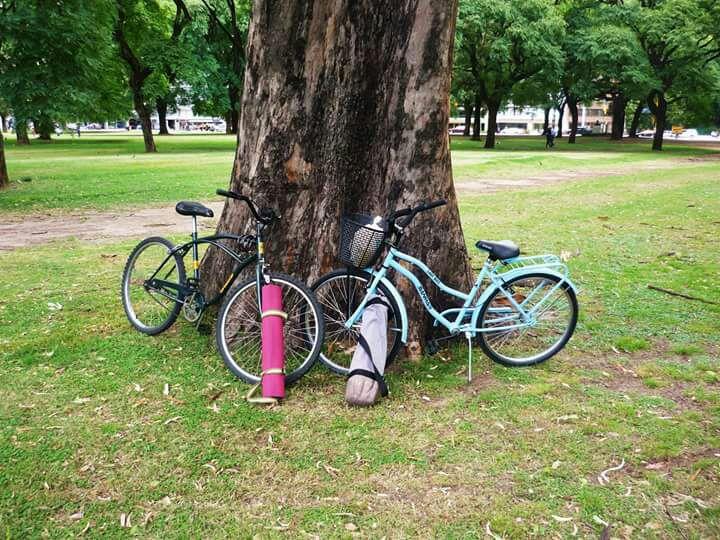 Bicicleteda + clase de Yoga en Parque Centenario