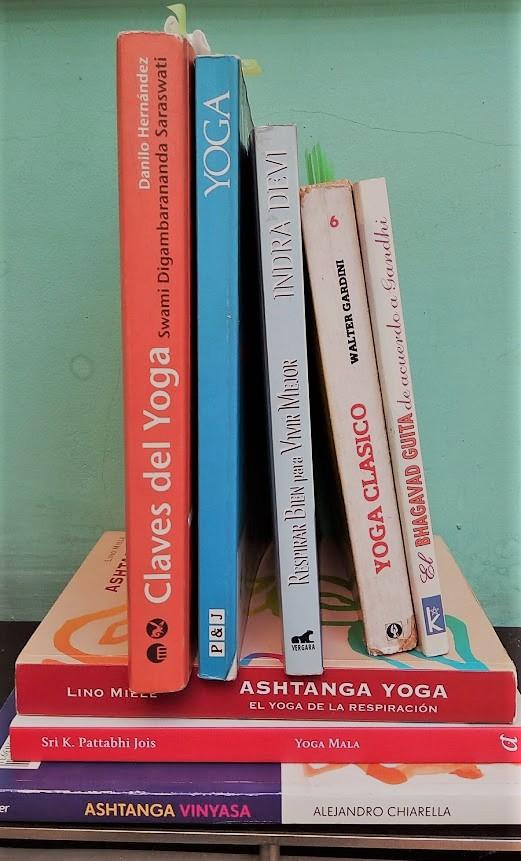 Mini bibliografía Yogui, básicos de lectura
